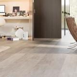 colocação de piso de laminado de madeira Limão