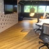 onde encontro piso vinílico imitando madeira Pompéia