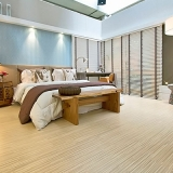 piso de madeira laminado Chora Menino