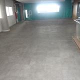 piso vinílico liso Serra da Cantareira