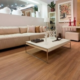 piso laminado clicado