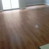 piso laminado escritório