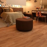 piso laminado instalado