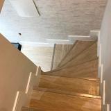 piso vinílico móteis